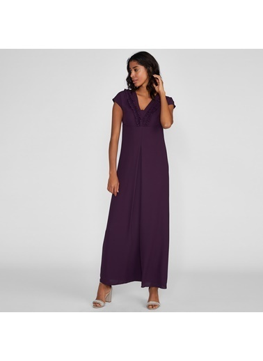 Vekem-Limited Edition Kolsuz V Yakalı Yakada Fırfır Detaylı Uzun Elbise Mürdüm